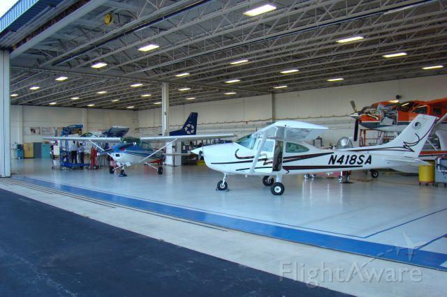Cessna Skylane (N418SA)