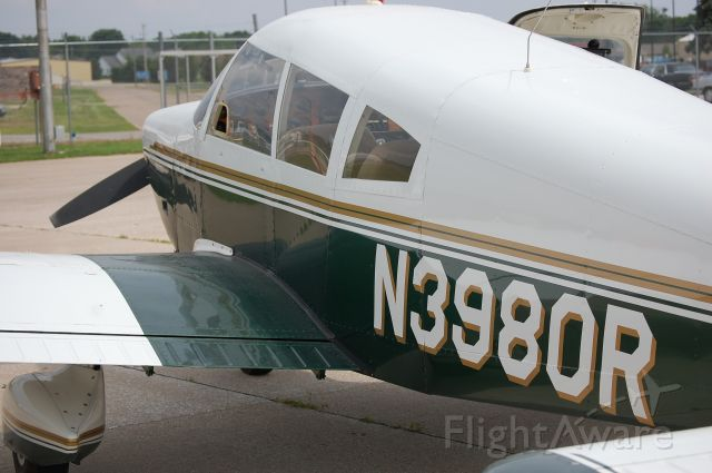 Piper Cherokee (N3980R)
