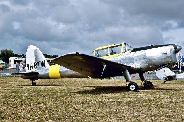 OGMA DHC-1 Chipmunk (VH-RTW) - DE HAVILLAND DHC-1 CHIPMUNK 22 - REG : VH-RTW (CN C1/0498) - BALLARAT VIC. AUSTRALIA - YBLT (22/2/1987)