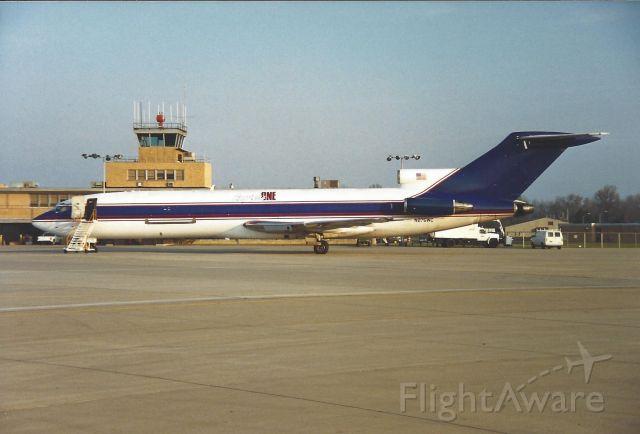 BOEING 727-200 (N275WC)