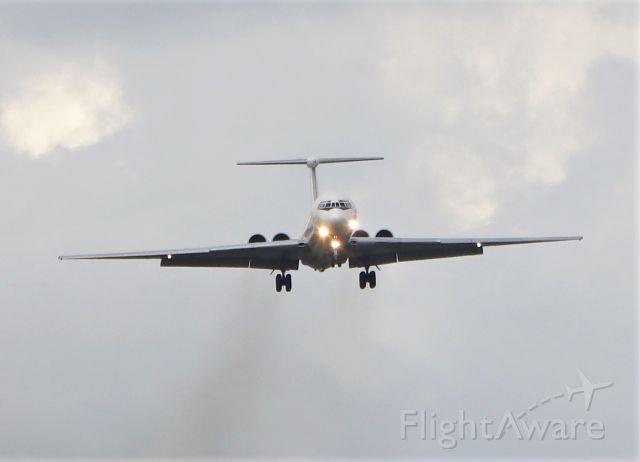 Ilyushin Il-62 (EW-450TR) - rada airlines il-62mgr ew-450tr landing at shannon 16/5/21.