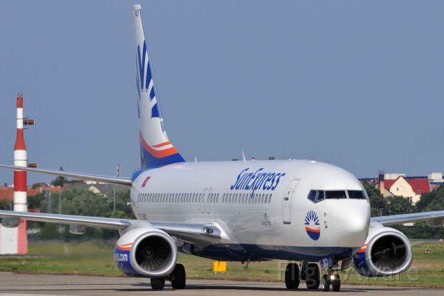 Boeing 737-800 (TC-SNO)