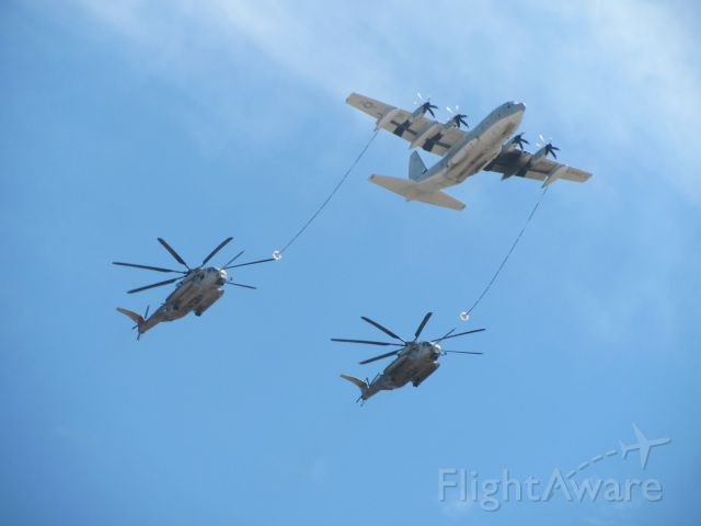 — — - In-flight refuel demo--Miramar--2011