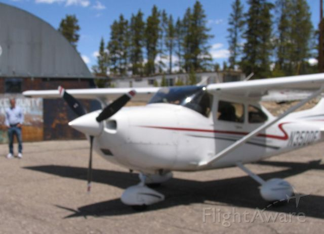 Cessna Skylane (N3500F) - Photo taken May 2008 at Lake County Airport, Leadville, Colorado.