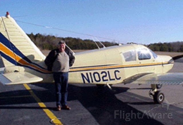 Piper Cherokee (N102LC)