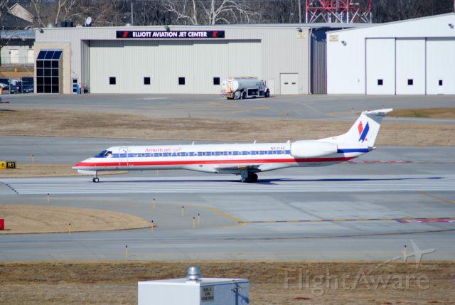 Embraer ERJ-145 (N631AE)