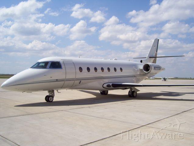 IAI Gulfstream G200 (N200BH)