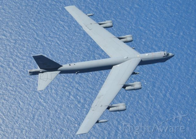 Boeing B-52 Stratofortress — - This pilot has a fist full of throttles!