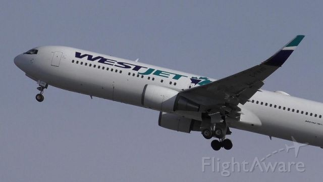 BOEING 767-300 (C-FWAD) - Takeoff from Calgary