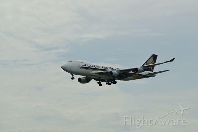 Boeing 747-200 (9V-SFN) - Arrival into WSSS