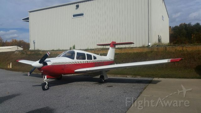Piper Cherokee (N29310) - Final inspection before buying this beauty!
