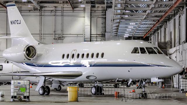 Dassault Falcon 2000 (N147CJ) - Dominos Pizza got a  great taste in planes...