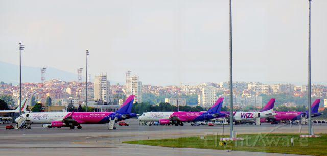 Airbus A321 (HA-LXH)