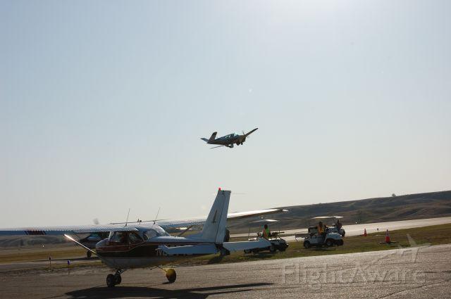 Beechcraft 35 Bonanza —