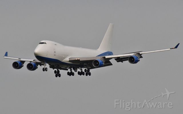 A6-GGP — - dubai air wing b747-4f a6-ggp on approach to rwy24 at shannon 5/11/14.