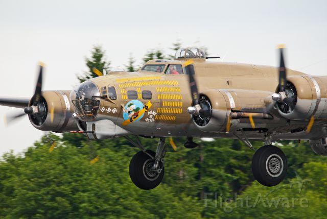 Boeing B-17 Flying Fortress (SAI93012) - Collings Foundation's B-17 'Nine-O-Nine' on final June 15, 2012