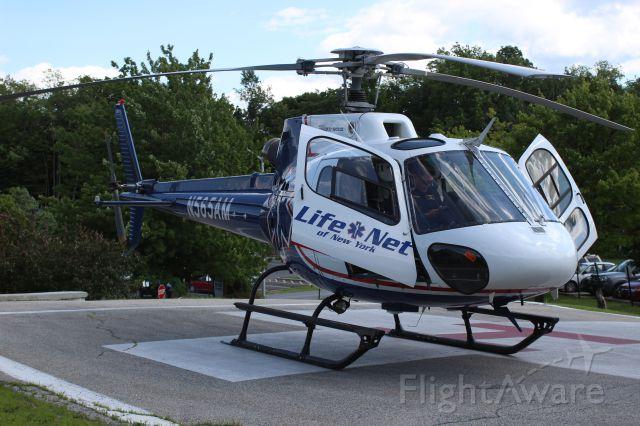 Eurocopter AS-350 AStar (N565AM) - LIFENET71 N565AM EUROCOPTER AS 350 B2 AIR METHODS CORP VT04 Southwestern Vermont Heliport Bennington, Vermont LIFENET 155.235 / KDDH 122.800 / KALB 132.825