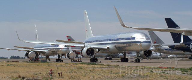 Boeing 757-200 — - A very sad sight