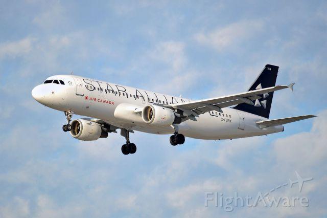 Airbus A320 (C-FDRK)