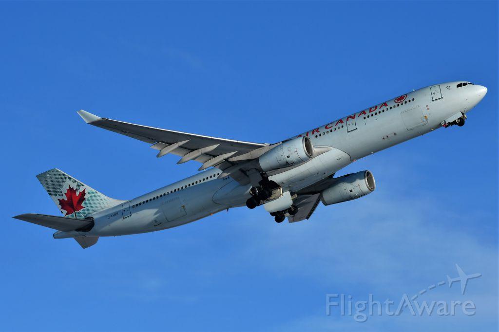 Airbus A330-300 (C-GHKR) - Air Canada Airbus A330-343 departing YYC on Dec 27.