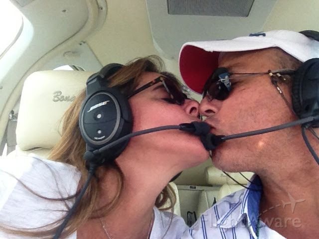 Beechcraft 35 Bonanza (PR-ODT) - Heading SBDN from SSIE <br />Love is in the air.....