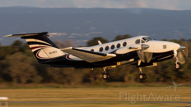 Beechcraft Super King Air 200 (VH-PFT)