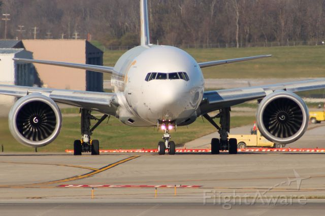 D-AALJ — - AeroLogic 777-F taxiing to RWY 18L.