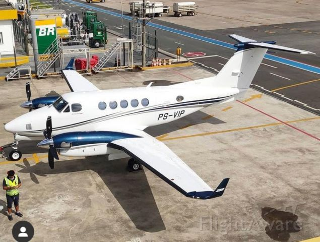 Beechcraft Super King Air 200 (PS-VIP)
