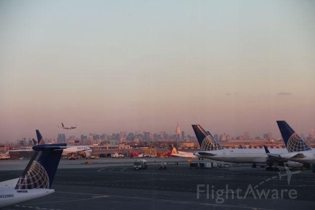 — — - Manhattan in sight