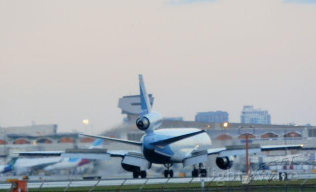 McDonnell Douglas DC-10 (CP-2791)