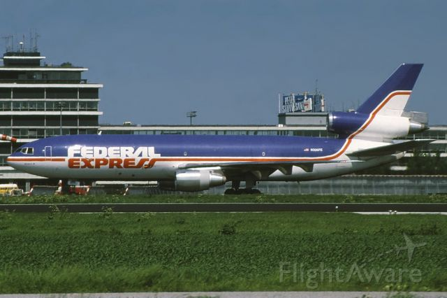 McDonnell Douglas DC-10 (N306FE) - The plane involved with Fedex 705, taxiing to the runway at Schipol airport, in 1986, 8 years before the actual incident