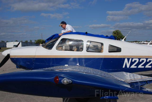 Piper Cherokee (N2223R)