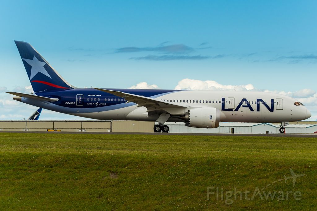 Boeing 787-8 (CC-BBF) - BOE541 B787-8 LAN airways taxing to take off from 34L for a B1 flight test