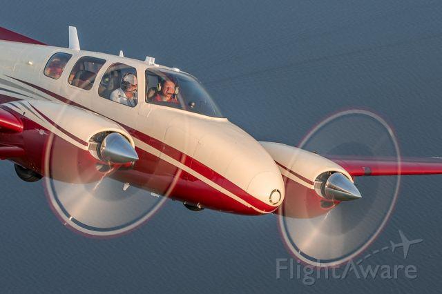 Beechcraft Twin Bonanza (N1961)