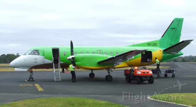 Saab 340 (VH-ZXS) - Rare Adelaide-based visitor to Wynyard, Tasmania. 10 February 2015. Former HS-GBB, VH-XRX, PH-KSC. If you like green aircaft, this is the one for you.