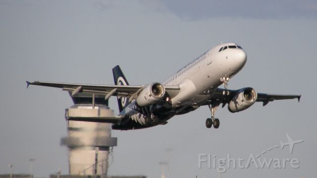 Airbus A320 (ZK-OJR)