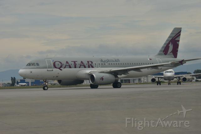 Airbus A320 (A7-ADH)