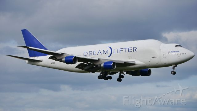 Boeing 747-400 (N718BA) - GTI4351 from KCHS on final to Rwy 16R on 5/16/14. (LN:932 / cn 27042).