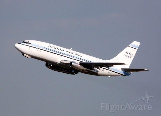 Boeing 737-200 (N703S) - Sierra Pacific B737-2T4