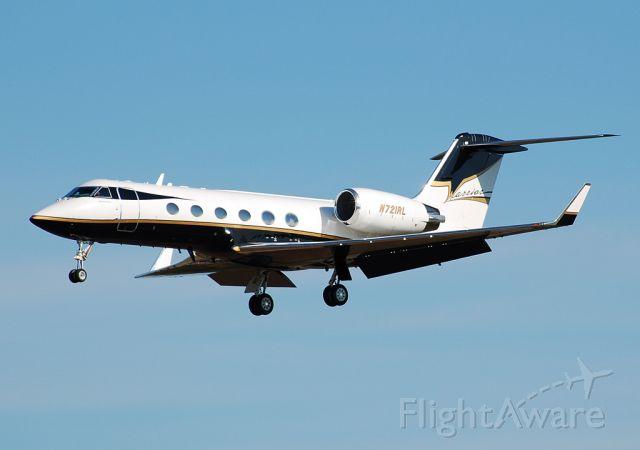 Gulfstream Aerospace Gulfstream IV (N721RL) - Nice Bandit Gulf!