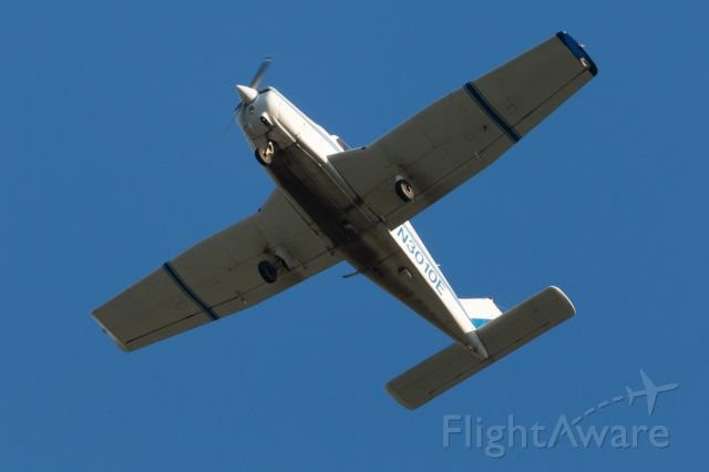 Piper Cherokee (N3010E) - Flying over KDPA 21 August 2015