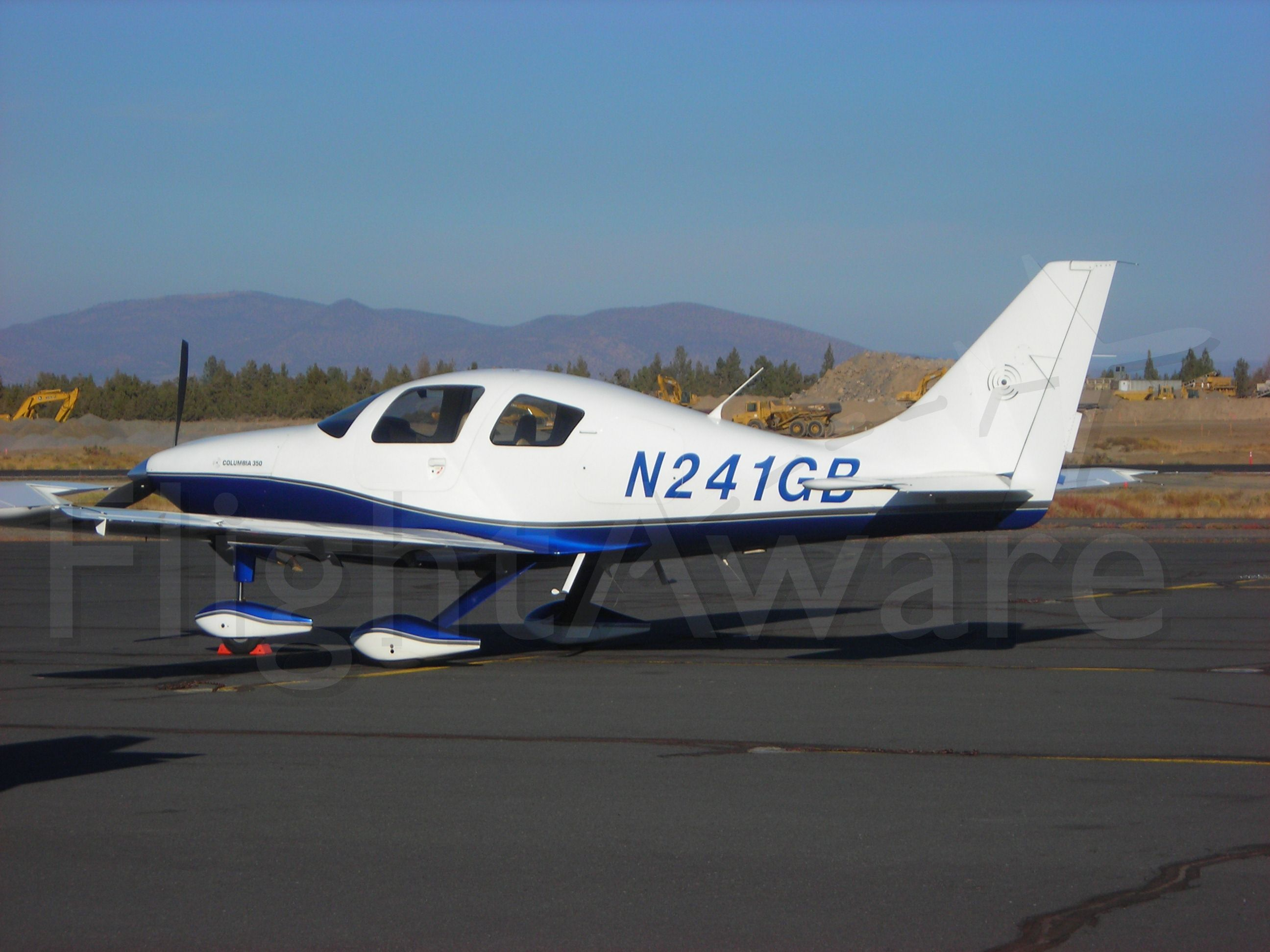 Cessna 400 (N241GB) - ON the ramp at KBDN