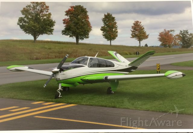 Beechcraft 35 Bonanza (N10RR)