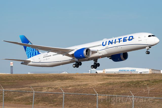 BOEING 787-10 Dreamliner (N12010) - The first 78X in the new United livery departs Fort Worth Meacham Airport after getting painted.