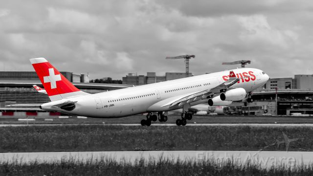 Airbus A340-300 (HB-JMN) - Visit me on instagram for more pictures my account: zuerichspotting
