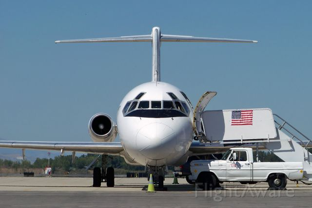 Douglas DC-9-10 (N215US) - Paul Ryan
