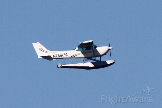 Cessna Cutlass RG (N758LM) - Over Mercer Island, WA