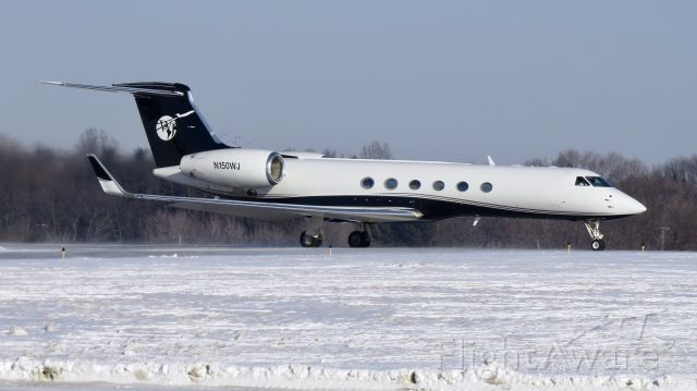 Gulfstream Aerospace Gulfstream V (N150WJ) - Windsor Jet departing CAK after arriving from Brazil carrying accused murder Claudia Hoerig. Her extradition was approved by Brazilian courts.