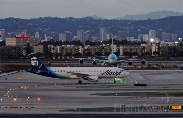 Airbus A320 (N625VA) - a rel=nofollow href=http://flightaware.com/live/flight/N625VA/history/20180214/0030Z/KSFO/KLAXhttps://flightaware.com/live/flight/N625VA/history/20180214/0030Z/KSFO/KLAX/a