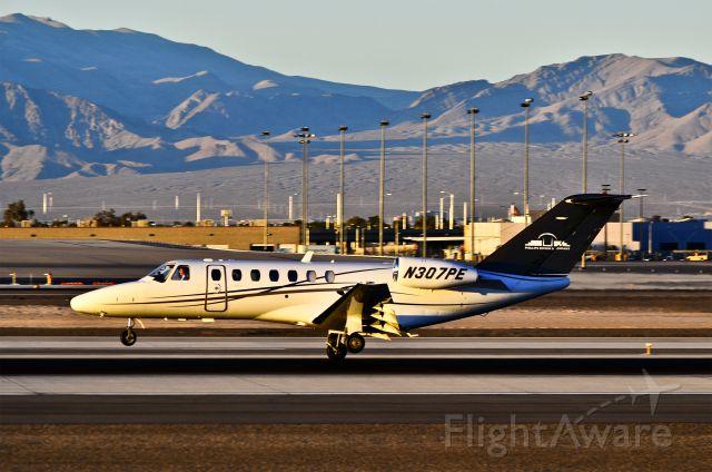 Cessna Citation CJ3 (N307PE) - N307PE Cessna 525B CitationJet 3 cn 525B0254  - Las Vegas - McCarran International (LAS / KLAS) USA - Nevada, February 02, 2012 Photo: Tomás Del Coro